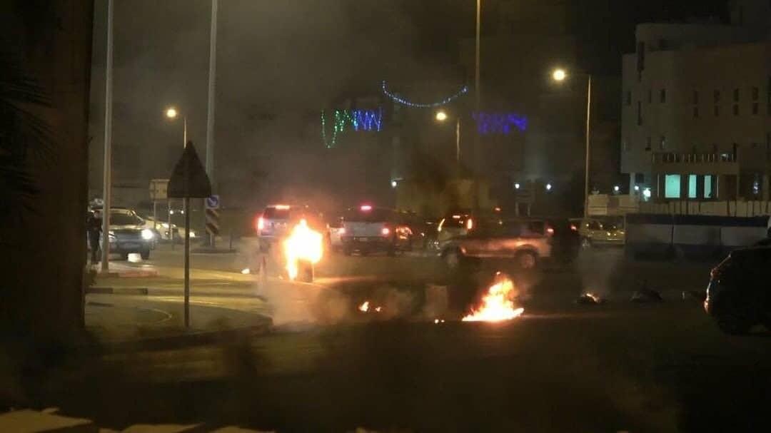 The revolutionaries throw the mercenaries with Molotov bottles in Abu Saibah and Shakhoura
