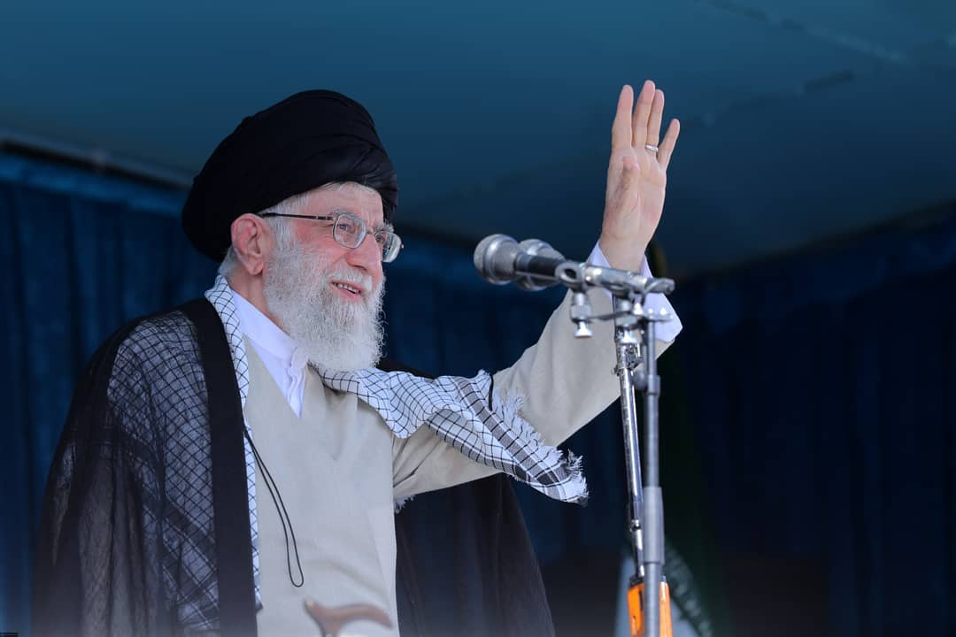Imam Khamenei: The deal of the century is a big betrayal of the Islamic world and it will not be succeeded