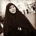 معتقلة الرأي «فاتن حسين» لوالدتي الشهيدين «العرب والملالي»: لا دمع إلّا دمع الانتصار