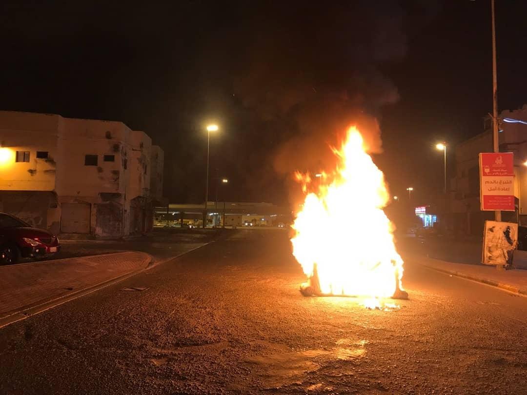 ثوار النويدرات يشعلون النيران دفاعًا عن «تيجان الوطن»