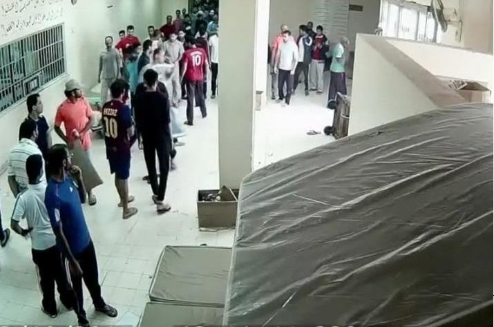 الكيان الخليفيّ يصعّد انتهاكاته بحقّ معتقلي الرأي المضربين لإجبارهم على فكّ إضرابهم
