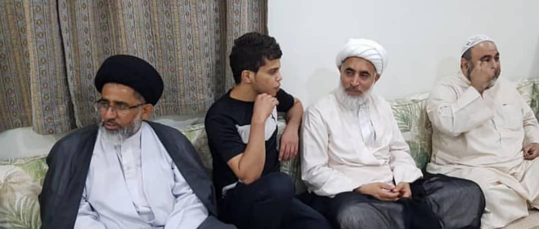 علماء وآباء شهداء في زيارة لعدد من المحرّرين من السجون الخليفيّة