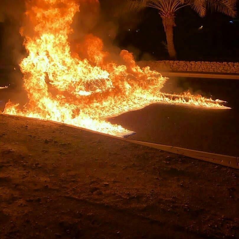 ثوّار البحرين يشعلون نيران الغضب في شارع مدينة الزهراء