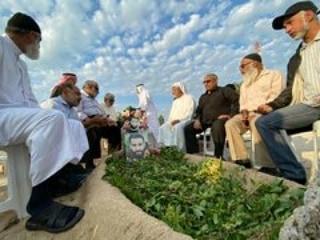زيارة «رياض الشهداء» في الدراز والمحرّق تجديدًا للعهد معهم