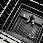 مطالبات حقوقيّة بوقف أحكام الإعدام والإفراج عن معتقلي الرأي