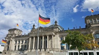 ألمانيا تصنّف حزب الله إرهابيًّا وتفرض حظرًا كاملًا على أنشطته