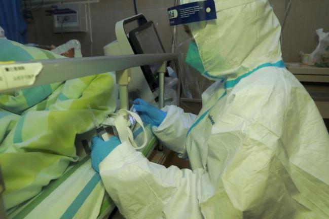 تسجيل 434 إصابة جديدة بكورونا: 273 حالة لعمالة وافدة.. وارتفاع عدد المتوفين إلى 64