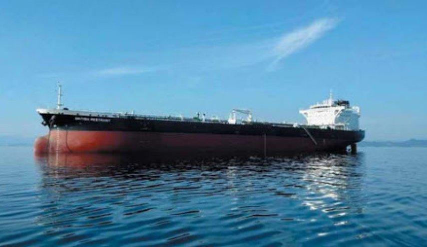 العدوان السعودي يحتجز سفن المساعدات الدولية لليمن