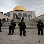 تحدٍّ فلسطيني لمخطط الضمّ.. والاحتلال يهدم المنازل في الخليل