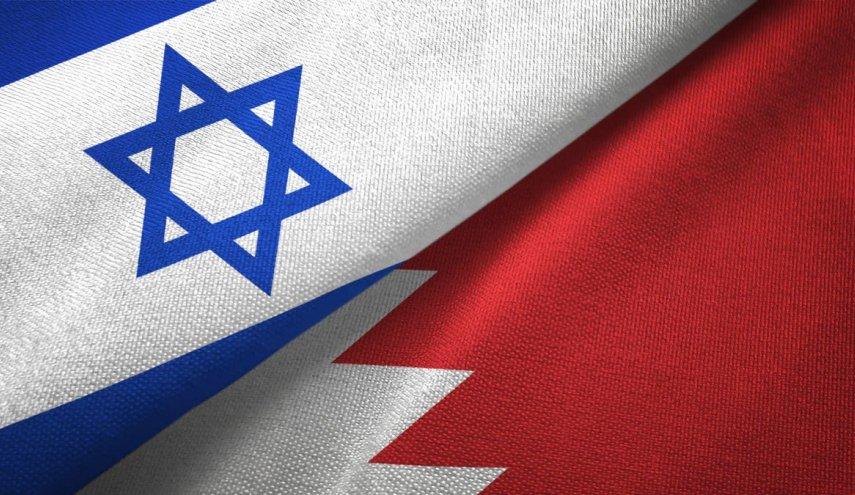 رغم الرفض الشعبيّ.. النظام الخليفيّ يتوّج خيانته بالاتفاق على فتح «سفارة صهيونيّة» في المنامة