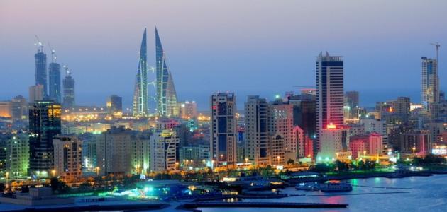 ناشطون: السبب في أزمة السكن أنّ أكثر من نصف مساحة البحرين أملاك خاصة لآل خليفة