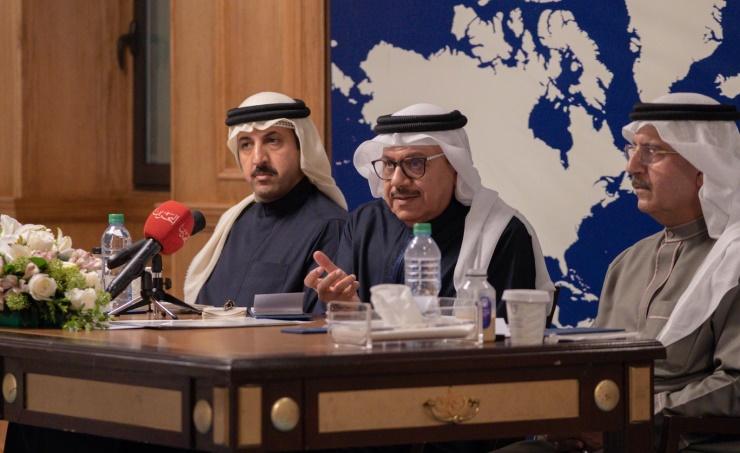 الكذب الخليفيّ مستمرّ.. وزير الخارجيّة يدّعي حرص النظام على لمّ الشمل الخليجيّ بعد قمّة«العُلا»