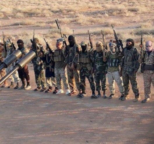 الجيش الأمريكيّ في البادية السوريّة يخطط لإعادة داعش إلى المواجهة مع الجيش