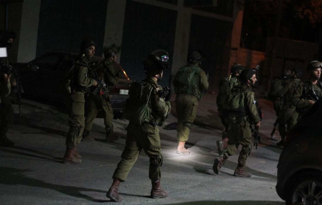 الاحتلال الصهيونيّ يواصل اعتقال قادة حماس لمنعهم من المشاركة في الانتخابات