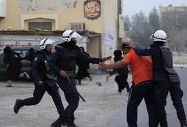 رصد المداهمات: اعتقال شابين على خلفيّة سياسيّة