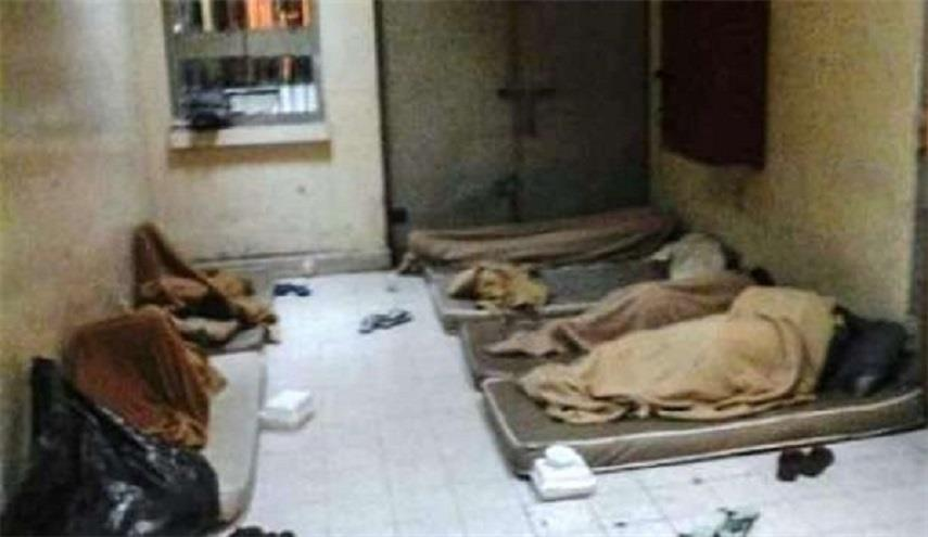 عشرات المعتقلين يرفضون استلام وجبات الإفطار تضامنًا مع المخفيين قسرًا