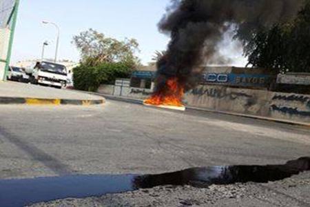 شارع «القاعدة الأمريكية» يشتعل بنيران الغضب تضامنًا مع «قادة العزة»