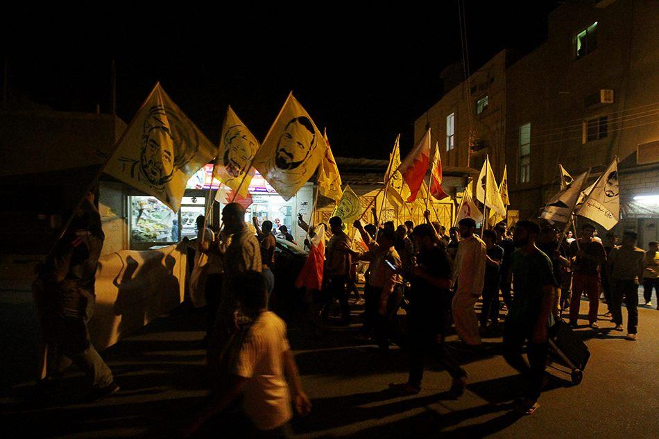 بعزم أشدّ حماسًا..الجماهير البحرانيّة تحتشد غرب «العاصمة المنامة»