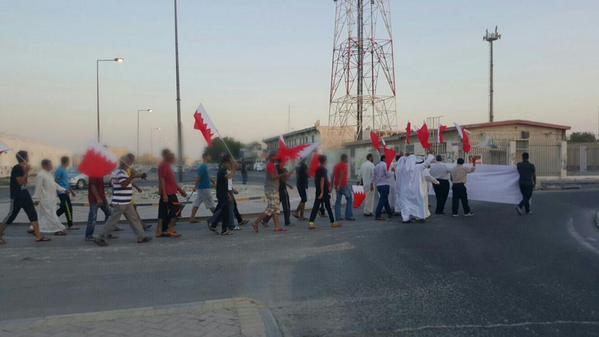 بالقرب من قصر الديكتاتور..تظاهرة سلميّة تُنادي بالقصاص من القتلة