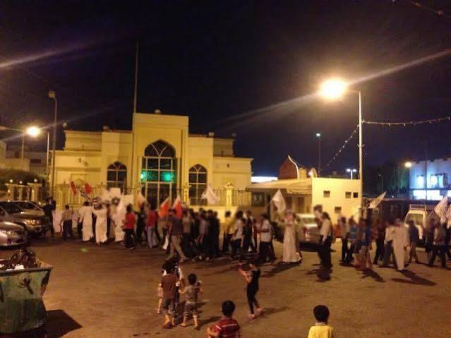 بالصور: ثلاث تظاهرات مركزيّة في جمعة «مستمرّون»