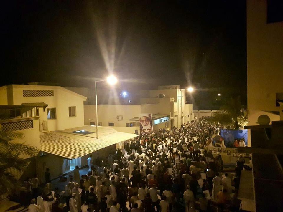 الاعتصام يتواصل في «ميدان الفداء» انتصارًا لآية الله قاسم