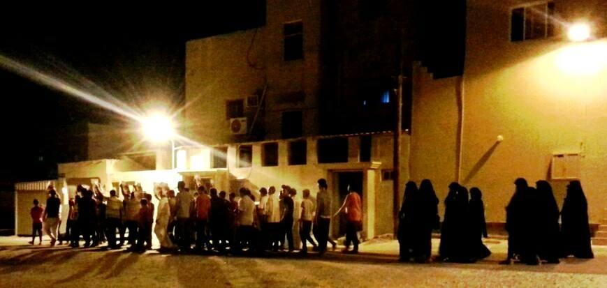 تظاهرة دمستان تؤكد دعمها للمعتصمين في «ميدان الفداء»