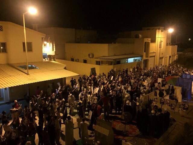 الحشود تواصل اعتصامها المفتوح في «ميدان الفداء» بإرادة متعاظمة