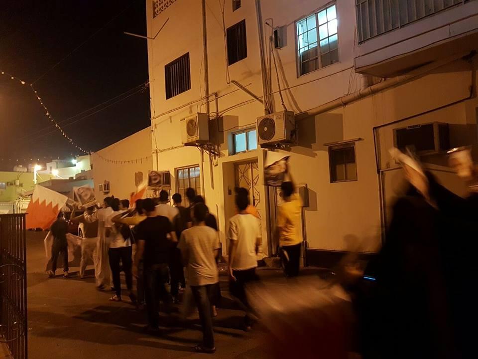 تظاهرة «بلدة المصلى» تدعم اعتصام «ميدان الفداء»
