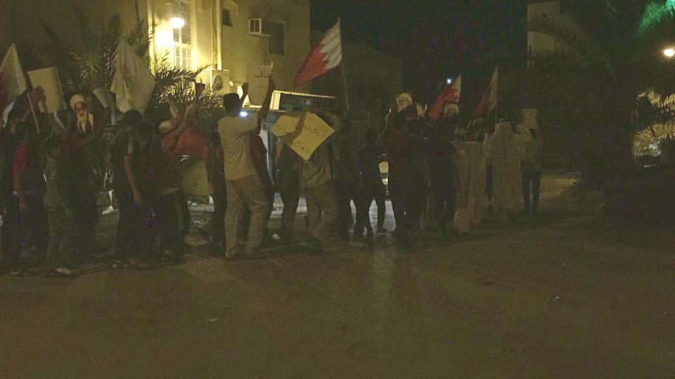 أهالي «أبو صيبع» يتظاهرون انتصارًا لمقام «آية الله قاسم»
