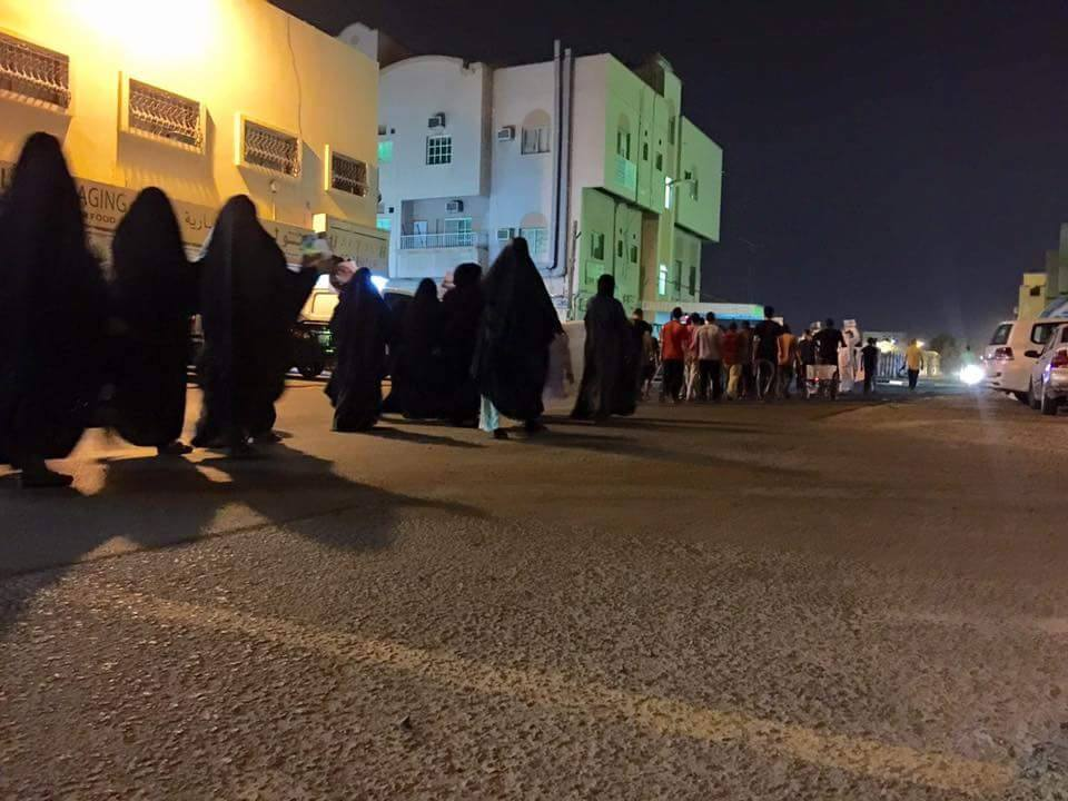 تاييدًا لخيار المقاومة الحسينيّة..عاصمة الثورة تتظاهر