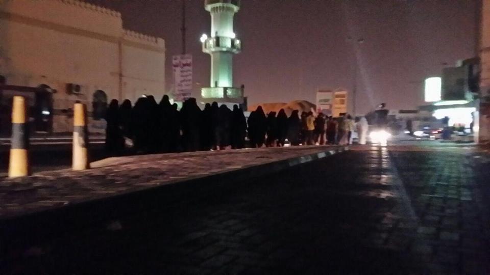 صيحات التكبير تدوّي في أرجاء البحرين عشية محاكمة الفقيه قاسم