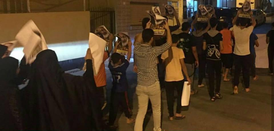 أهالي سماهيج يتظاهرون دعمًا للمعتصمين في «ميدان الفداء»