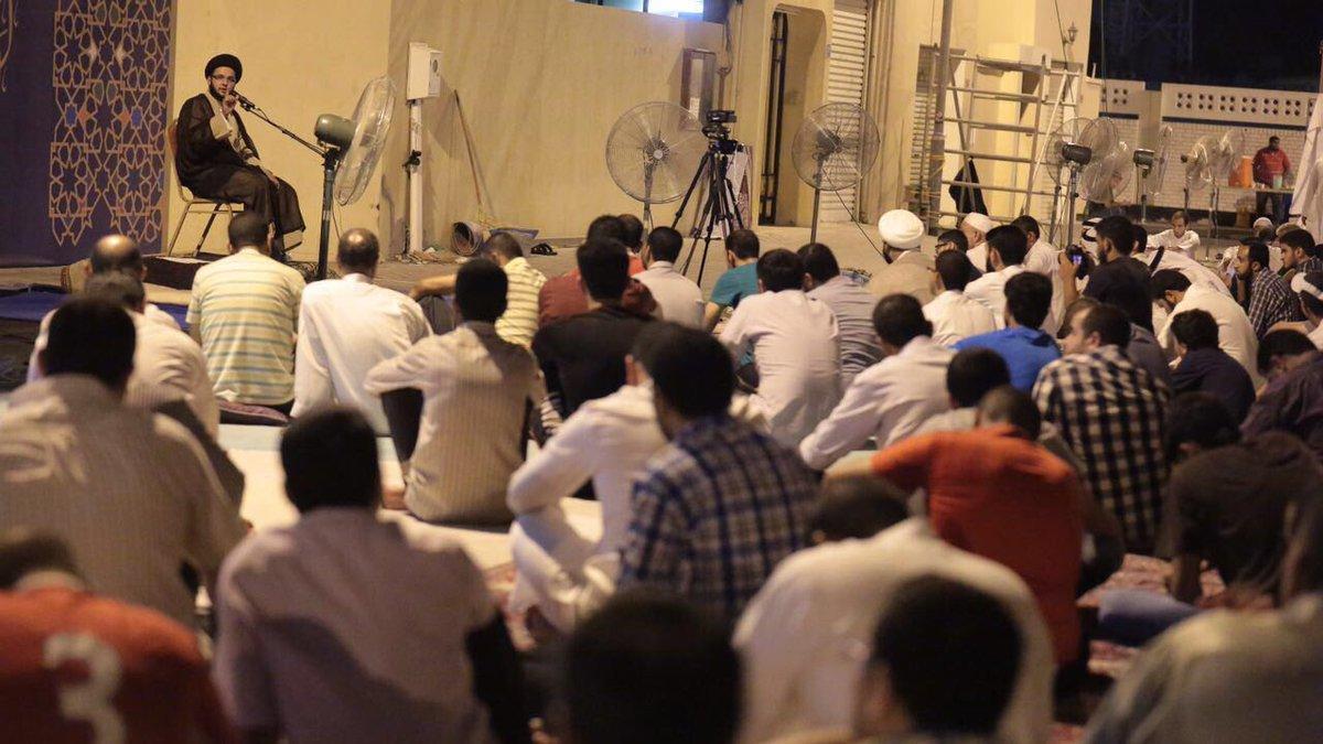 أجواء روحانيّة تغمر المعتصمين في «ميدان الفداء»