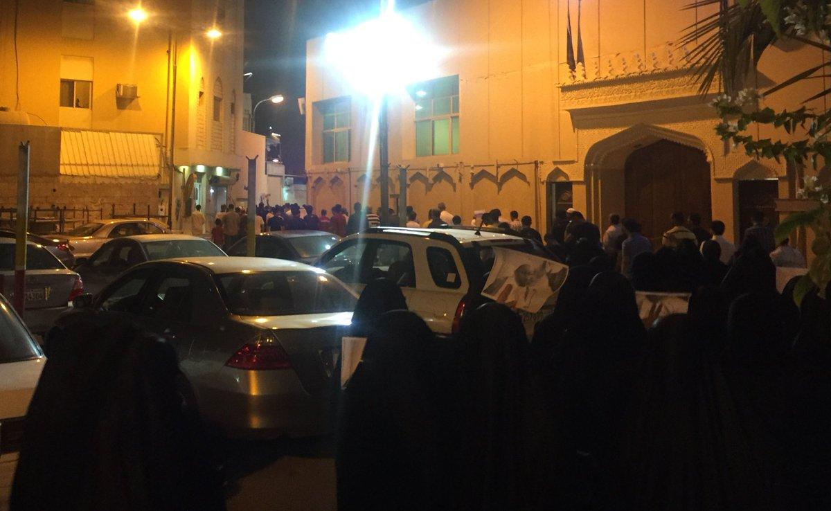 تظاهرة غاضبة «غرب المنامة» رفضًا لاعتقال العلامة صنقور