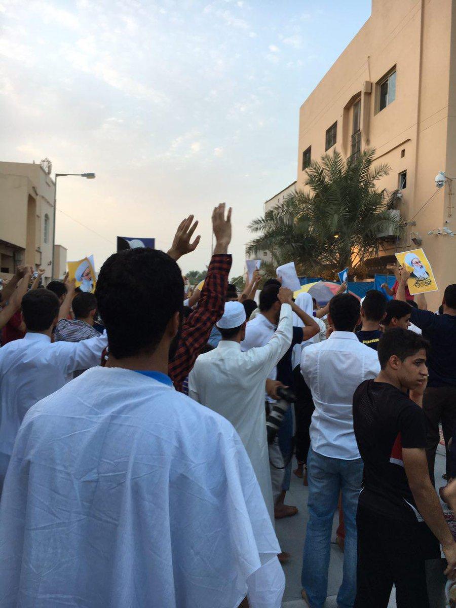 استعداد المعتصمين في «ميدان الفداء» للتضحية بأرواحهم