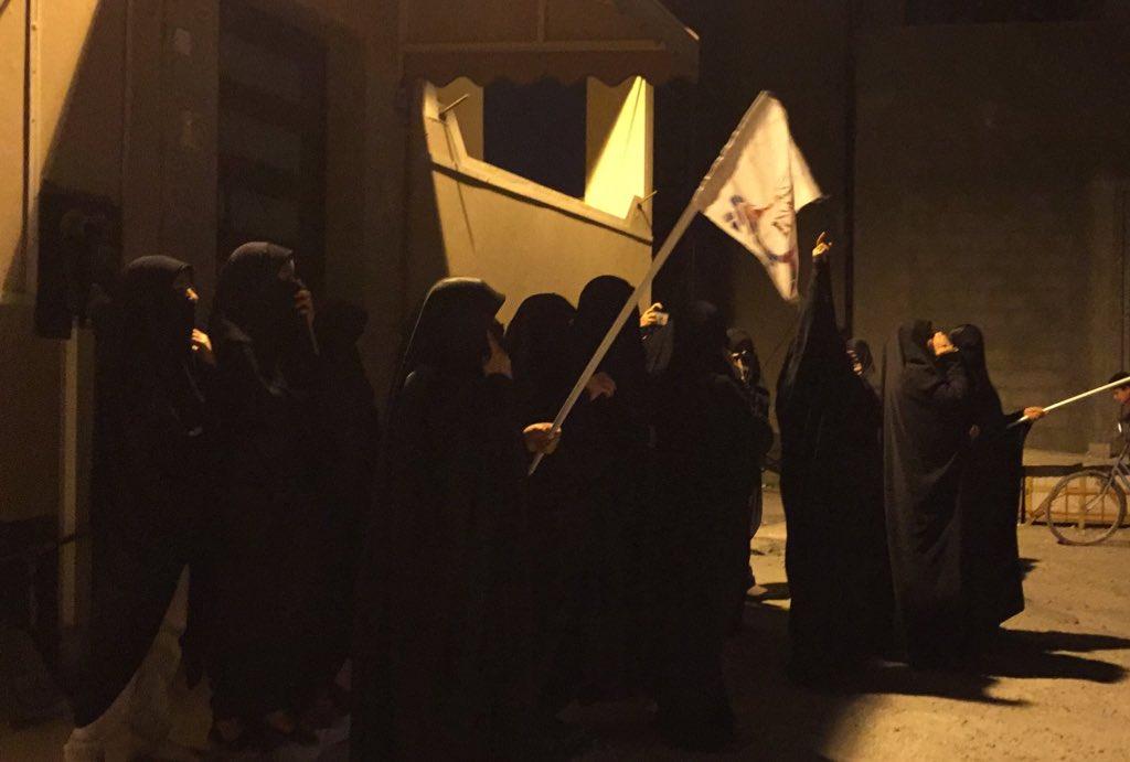 اعتصام غاضب أمام منزل رئيس المجلس الإسلاميّ العلمائي «السيّد المشعل»