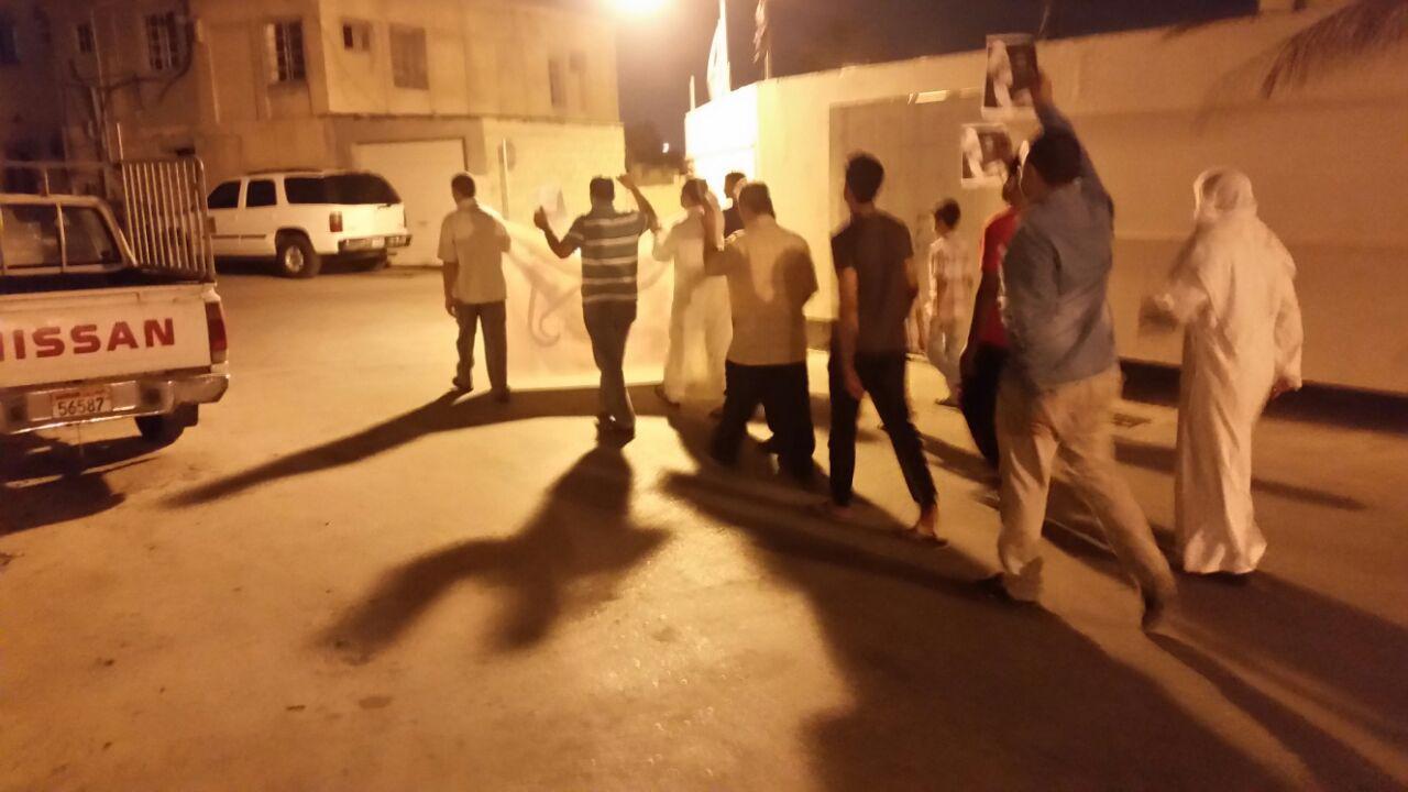 أهالي الحجر يتظاهرون دعمًا لاعتصام «ميدان الفداء»