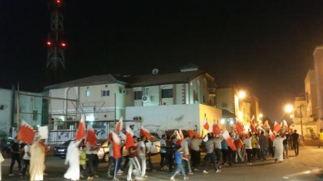 أهالي سار يتظاهرون انتصارًا لمقام «آية الله قاسم»