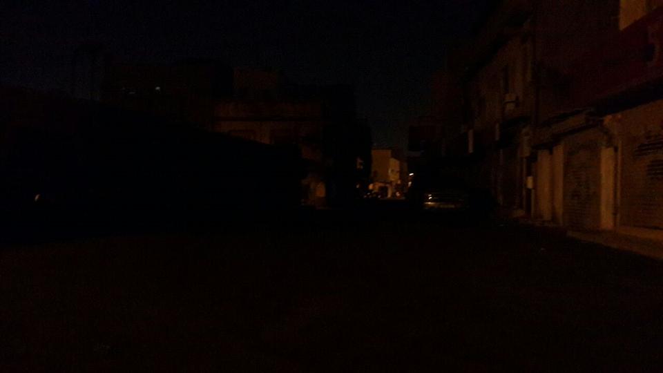 عشيّة «عيد الاستقلال»..الظلام يخيّم على مناطق البحرين
