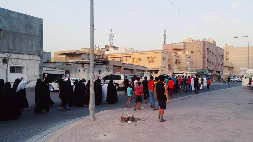 «جزيرة سترة» تشهد تظاهرة حاشدة في «جمعة الفداء – 7»