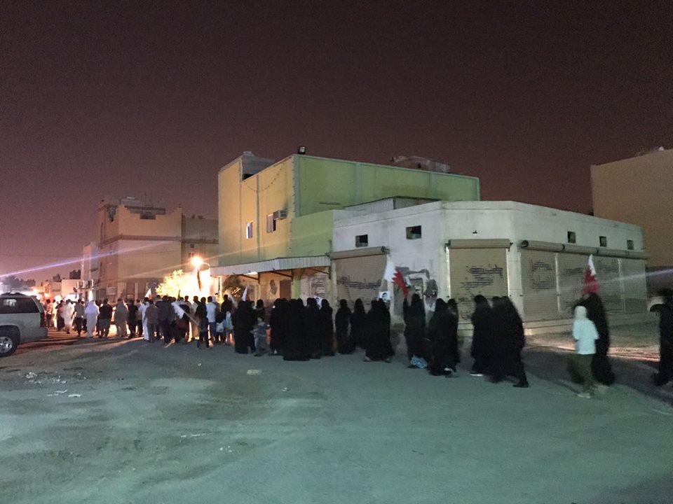 تظاهرات «جمعة سنثأر» تعمّ البحرين معاهدًة الشهداء بالإستمرار في الثورة
