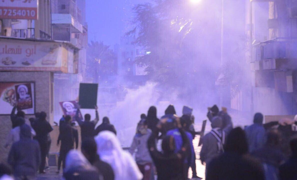 الدراز تفتتح أولى جولات تظاهرات الذكرى السادسة للثورة