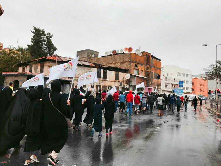 القوى الثوريّة تشيد بالحضور الجماهيري الحاشد في الزحف إلى «ميدان الشهداء»