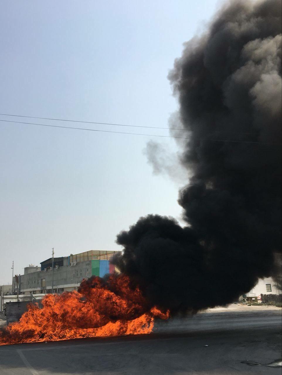 أعمدة الغضب تغطي السماء خلف مطار البحرين الدوليّ..وتنديد بجرائم النظام