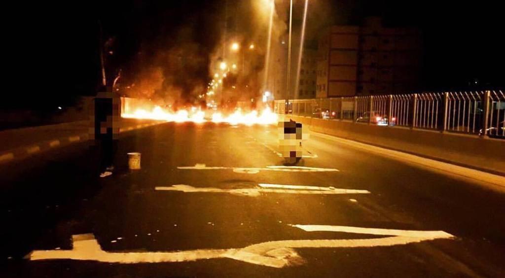 «حمد تحت الأقدام» غرب العاصمة المنامة ضمن «عيد الاستقلال»