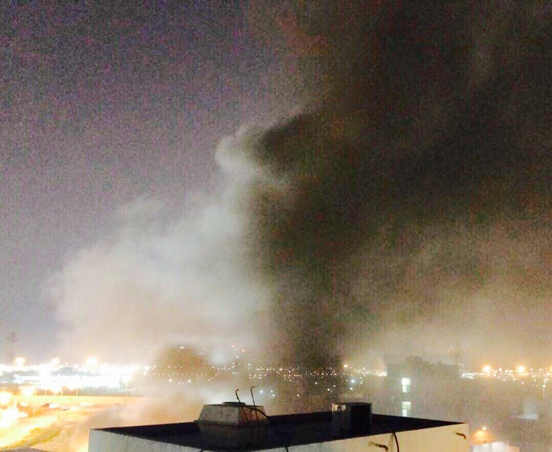 الثوّار يشعلون نيران الغضب خلف مطار البحرين الدوليّ