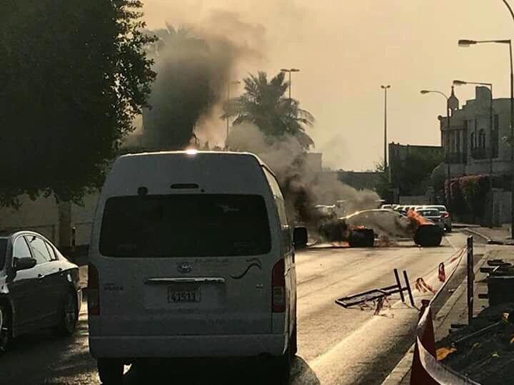 توقّف الحركة المروريّة في شارع القاعدة الأمريكيّة في «الجفير»