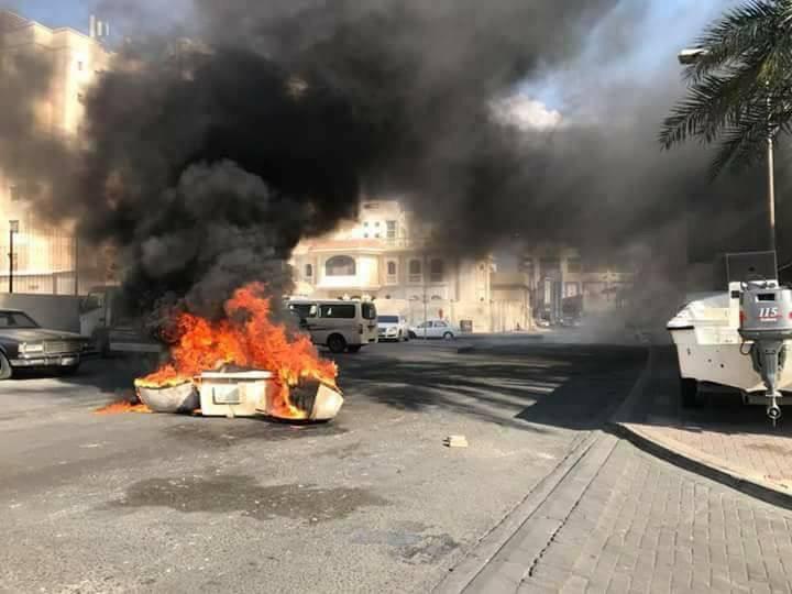 حراك ثوريّ متنوع والنيران تطال شارع «القاعدة الأمريكية» في الذكرى الثالثة للاستفتاء الشعبي