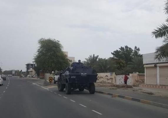 الكيان الخليفيّ يشدّد الحِصار على الدراز ويمنع شعائر الجمعة