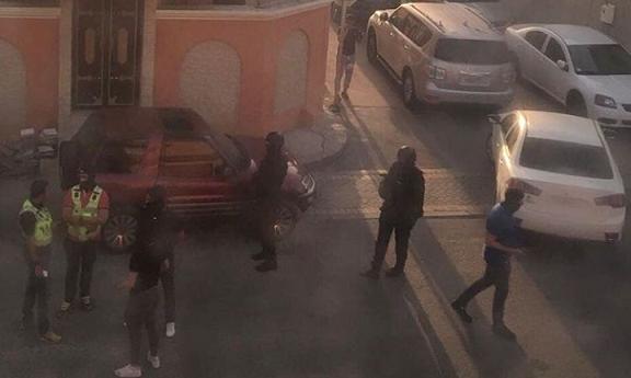 لليوم الثاني.. حملة مداهمات سافرة واعتقالات تعسّفيّة في الدراز المحاصرة